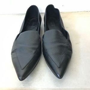 Everlane The Boss Flat in Black